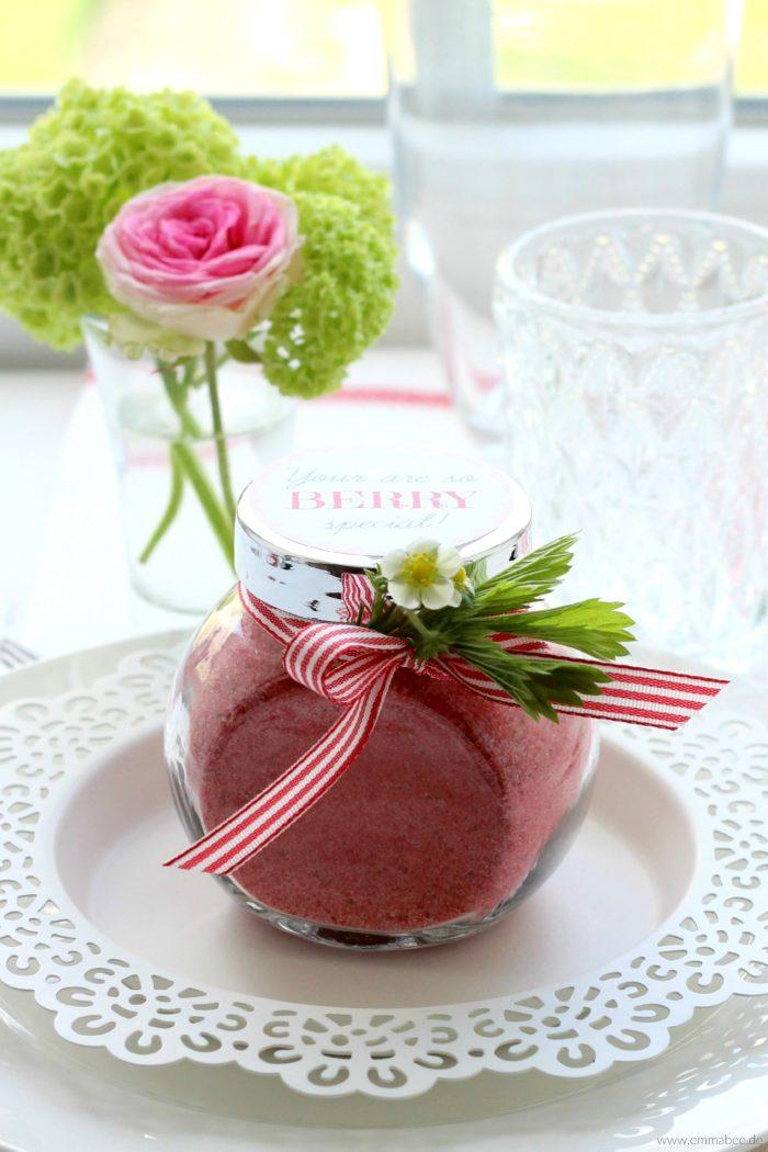 {Rezept} Erdbeer-Zucker mit passendem GiveAway-Freebie