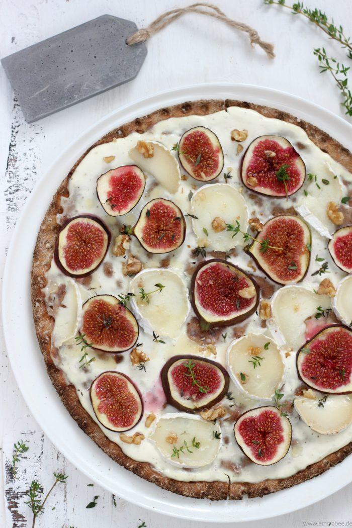 {Rezept} Aus Schweden mitgebracht: allerfeinste Knäckebrot-Pizza Enthält unbezahlte Werbung aufgrund von Erwähungen