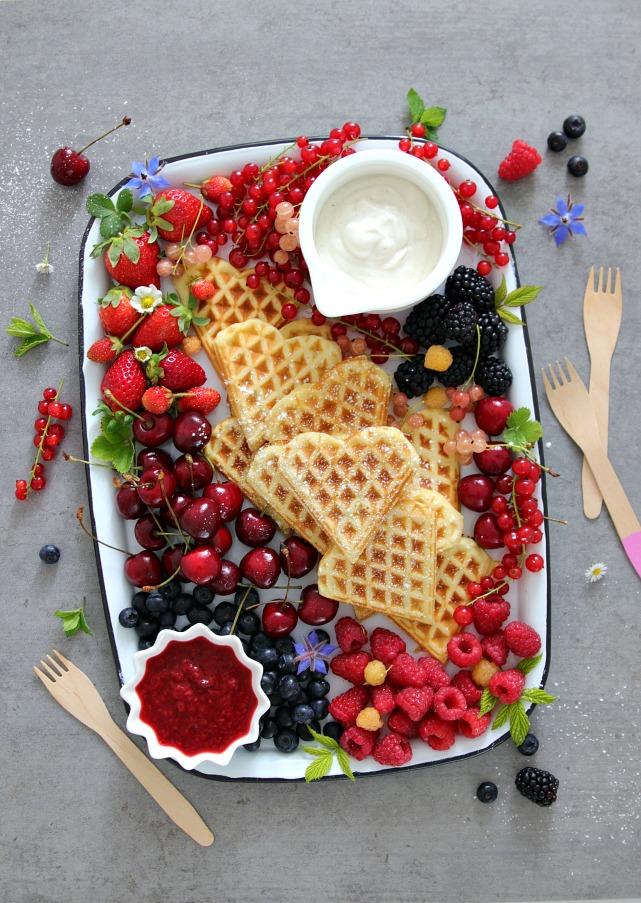 """<span class=""""entry-title-primary"""">{Rezept} Ein Crowdpleaser-Dessert für den perfekten Sommertag</span> <span class=""""entry-subtitle"""">Werbung aufgrund von Erwähnung/Verlinkung</span>"""