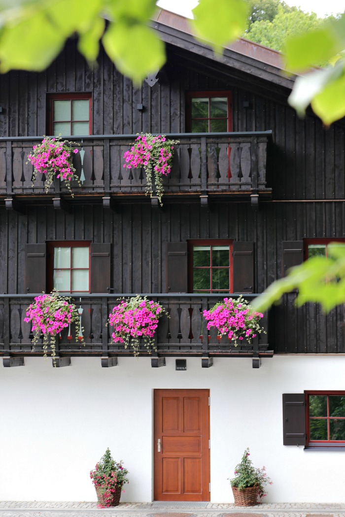 EmmaBee Unterwegs Klosterhof