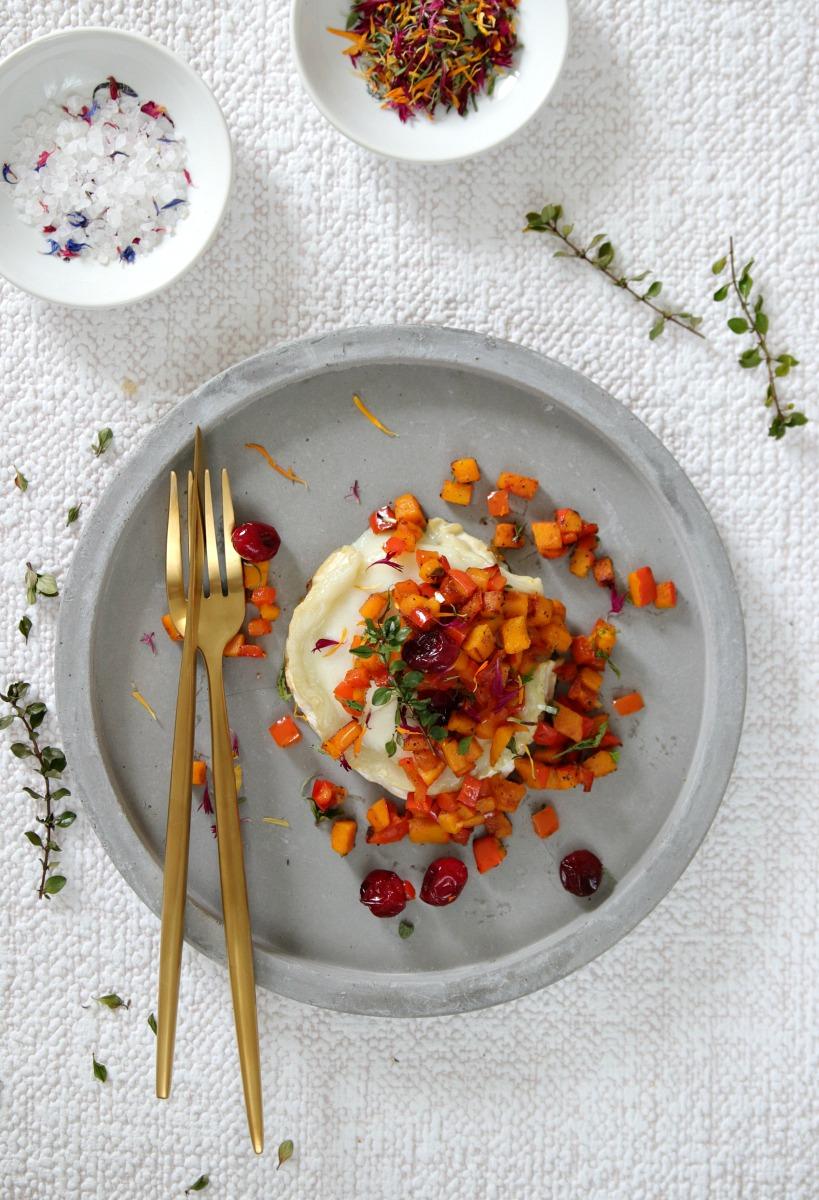 Ziegenkäse mit Cranberries und Kürbis